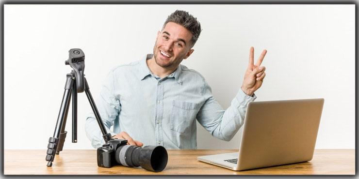 Work as a Freelance Photojournalist