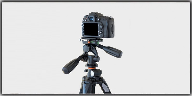 Tips 4. Using a Strong Tripod for the Shoot