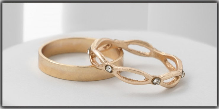 Tips 8. Using Backdrops for Jewelry Photography