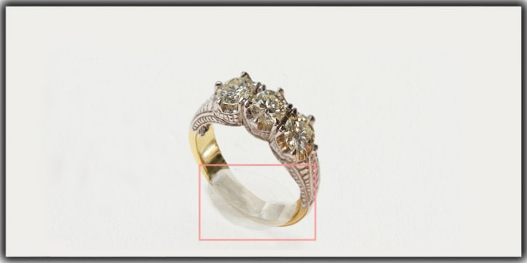 Usage of Glue-Dots for Jewelry Photography