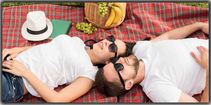 Picnic Blanket, Lay Side By Side